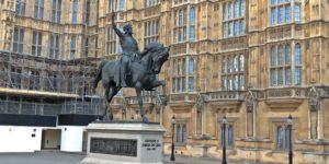 獅子心王リチャードの銅像