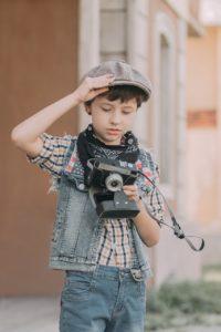 将来凄腕カメラマンになる少年